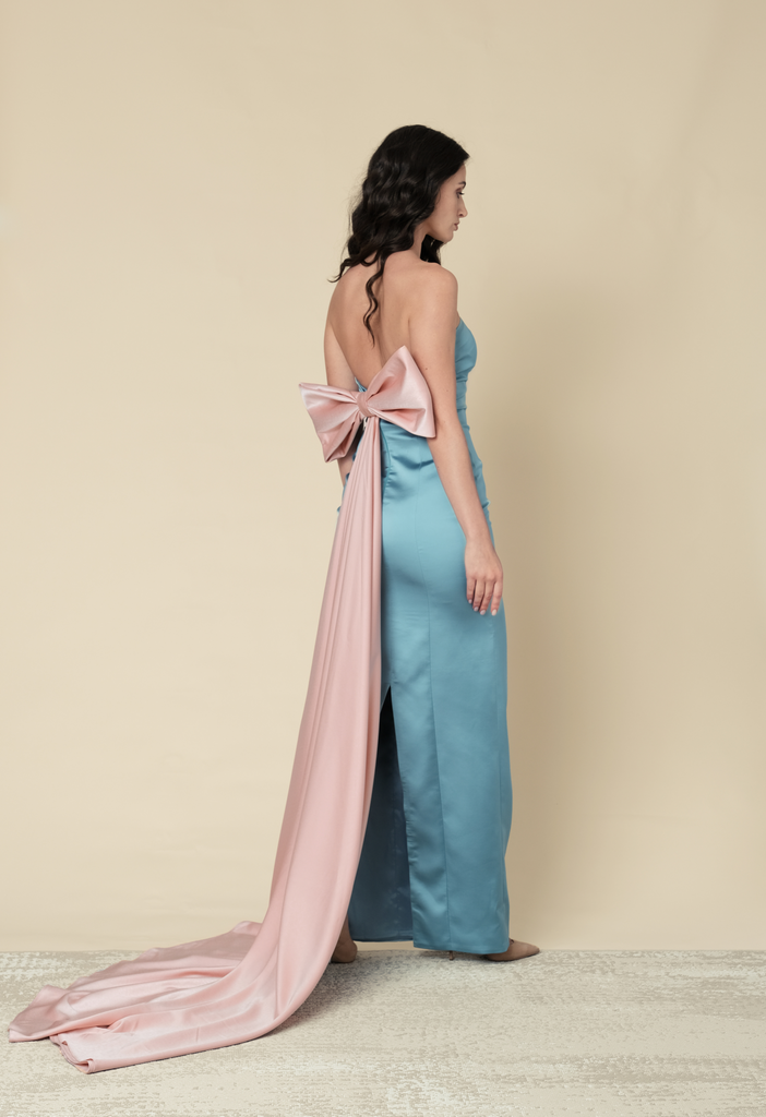 Blue fitted gown with bow