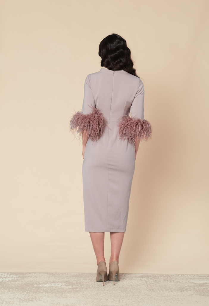 Midi dress with feather sleeves