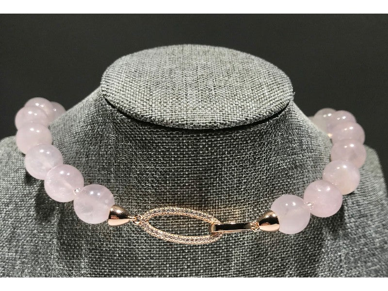 Rose Quartz Necklace shines Love - Natural 610 CT