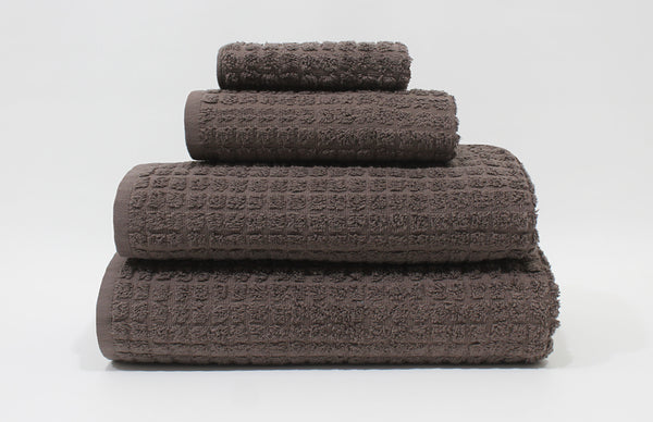 Lotus XL Bath Towel 33x66 / Chocolate Brown bath