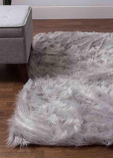 Faux Sheepskin (Fur Silver)