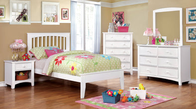 PINE BROOK BED     |     CM7908 WHITE