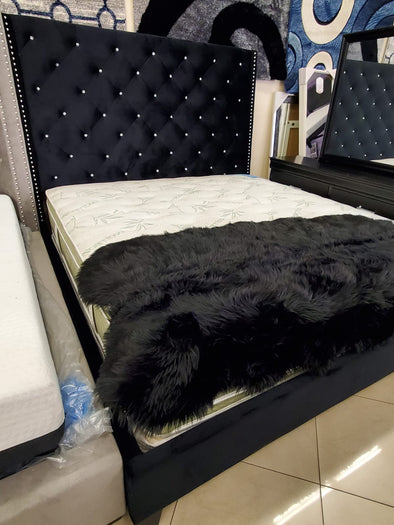 5265Bk Chantilly Bed Black