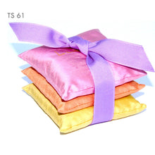 Load image into Gallery viewer, 3 silk lavender sachets available in 5 color sets
