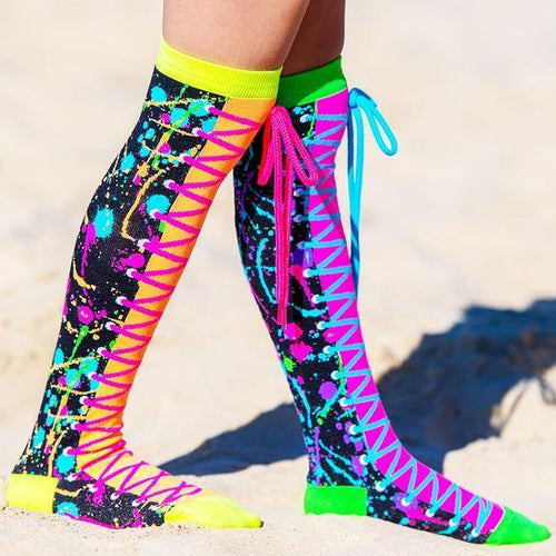 Make a SPLASH! in these bright, fun and artistic MADMIA Colour Run Socks. With real neon shoelaces and a super cool paint splatter design, MADMIA Colour Run Socks will brighten your day!