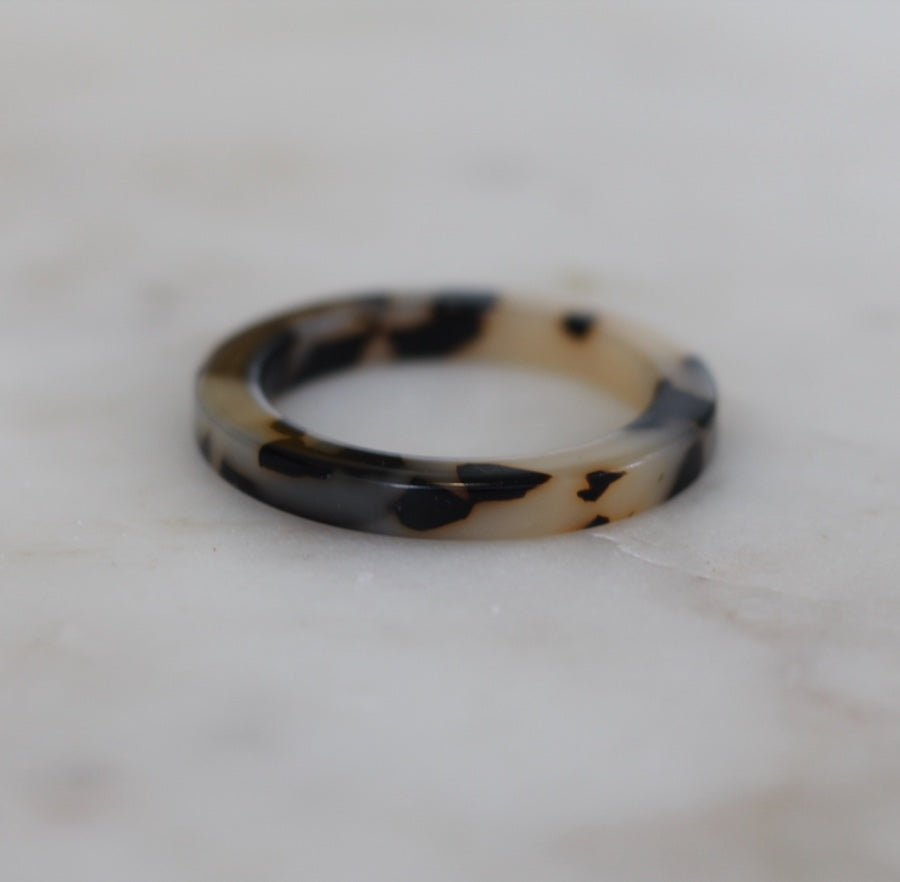 Tort Scarf Ring
