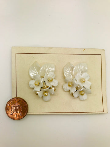 Authentic Vintage 1940s-50s Clip On White Pearlised Floral Acrylic Resin Earrings by The Schein Brothers