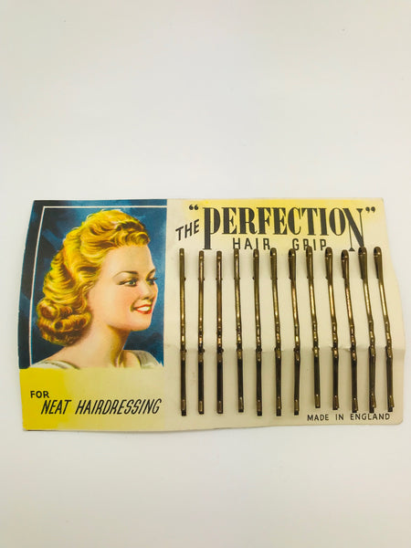 Authentic Vintage 1940s-50s Set Of 12 Bobby Pins Hairclips on Original Backing Display Card