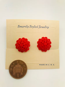 Authentic Vintage 1940s-50s Screw Back Dome Earrings in Red Floral Lace Acrylic Resin