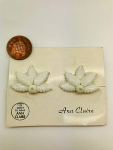 Rock n Romance Authentic Vintage 1940s-50s Clip On White Fern Acrylic Resin Earrings by The Schein Brothers - RocknRomance Clothing