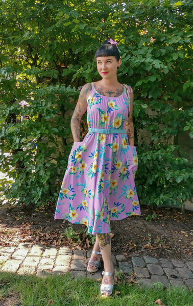 "Rock n Romance **Sample Sale** The ""Suzy Sun Dress"" in Pink Hawaiian, Easy To Wear Tiki Style From The 50s.. Ex-Photoshoot Item - RocknRomance Clothing"