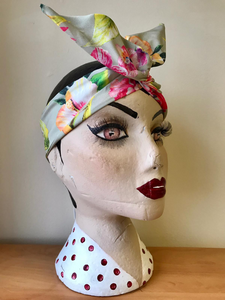 Twist & Go .. Wired Headband (No Tying Fiddly Knots or Bows) 1950s Rockabilly / 1940s Landgirl Style .. In Our Paradise Print