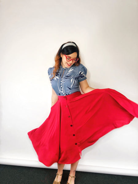 "The ""Beverly"" Button Front Full Circle Skirt with Pockets in Solid Red, True & Authentic 1950s Vintage Style - RocknRomance True 1940s & 1950s Vintage Style"