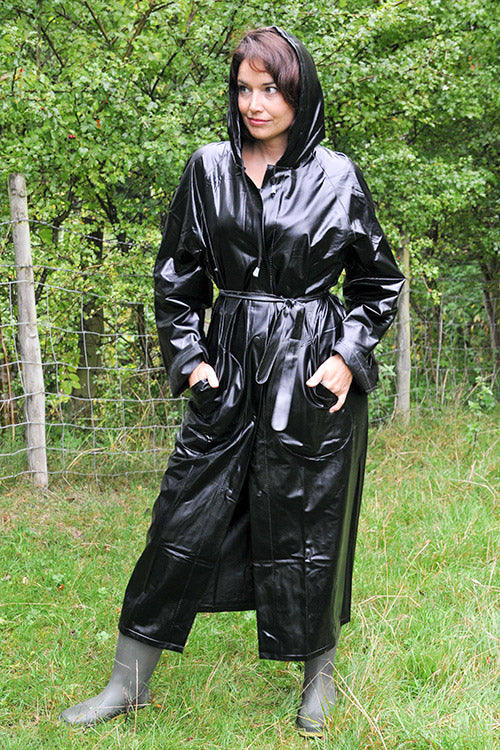"Elements Rain Wear 1950s Style ""Classic Fashion Rain Mac"" True Vintage Style In Black Matt - RocknRomance Clothing"