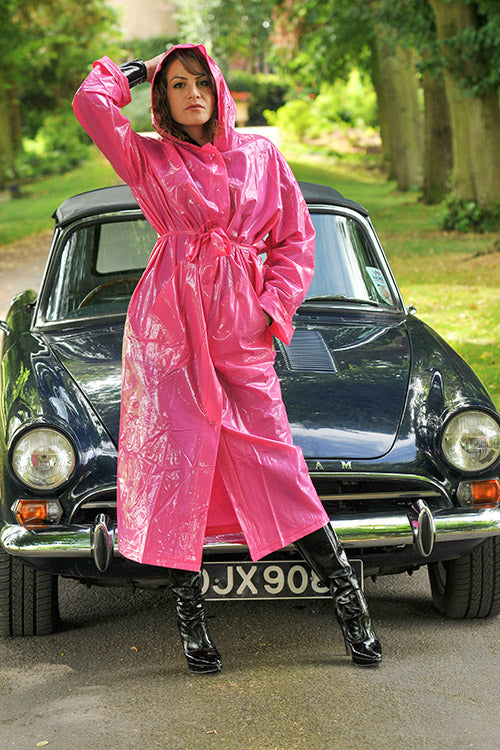 "Elements Rain Wear 1950s Style ""Classic Fashion Rain Mac"" True Vintage Style In Magenta Pink - RocknRomance Clothing"