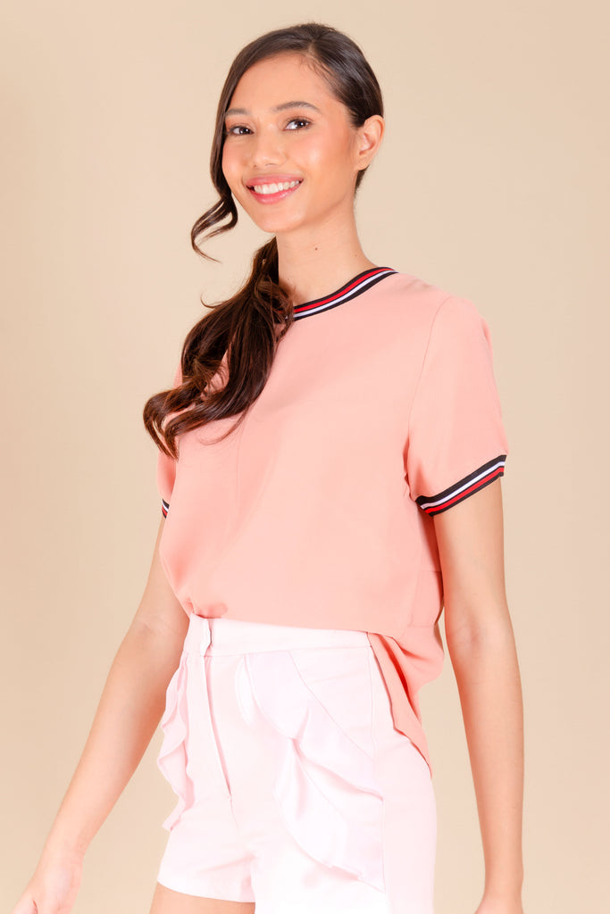 WB-CARIS-PEACH-FRONT Short sleeves round neck blouse with flat knit combi on neckline and sleeves