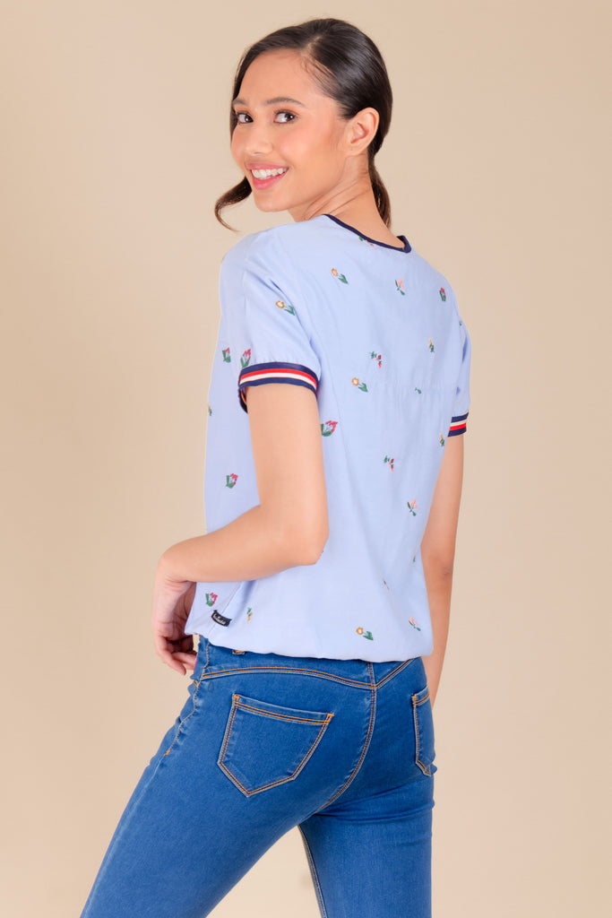 WB-ELAINA-BLUE-BACK Short sleeves round neck blouse with stripes combi on sleeves and garter on hem