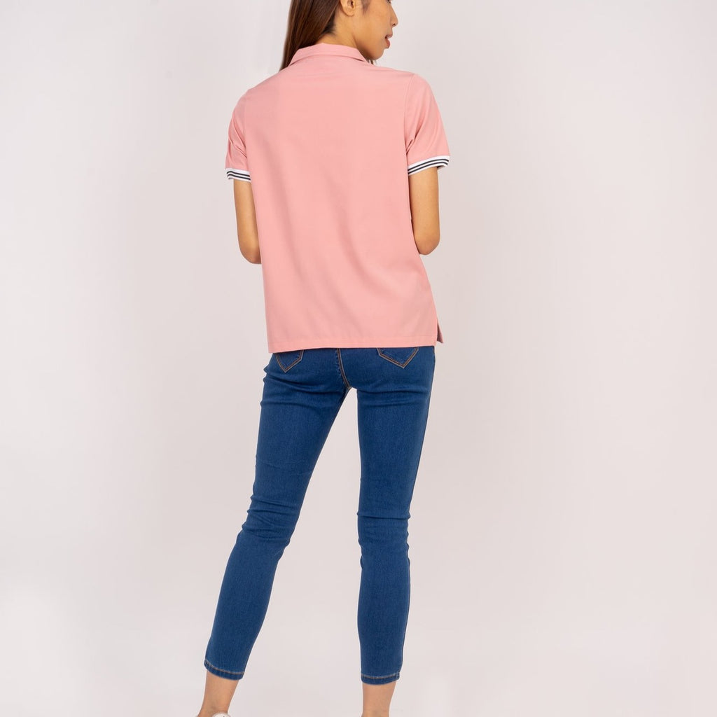 WB - LUCILLE - LT PINK - BACK Short sleeves collared blouse with zipper on placket and flatknit on sleeves