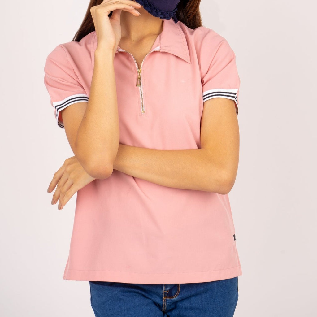 WB - LUCILLE - LT PINK - FRONT Short sleeves collared blouse with zipper on placket and flatknit on sleeves