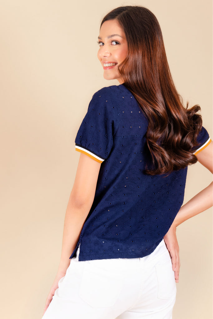 WB-QUINN-NAVY-BACK Short sleeves round neck blouse with flat knit combi on neckline and sleeves