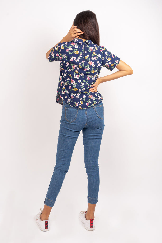 WB STACY-FLORAL NAVY-BACK Short Sleeves Collared Blouse with Back Zipper