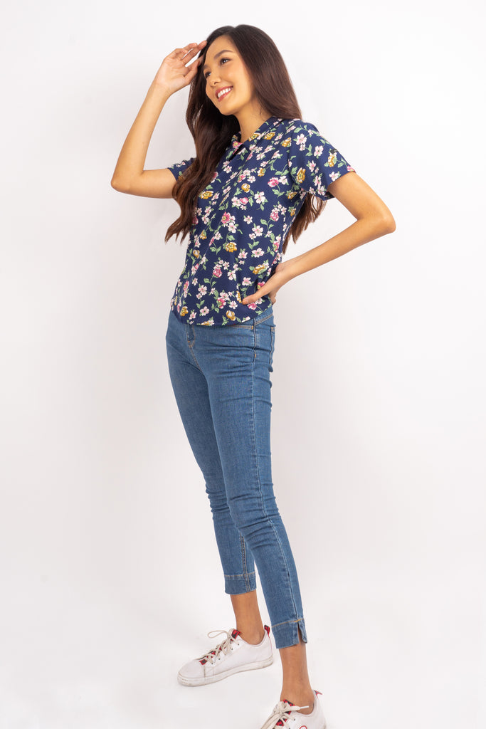 WB STACY-FLORAL NAVY-SIDE Short Sleeves Collared Blouse with Back Zipper