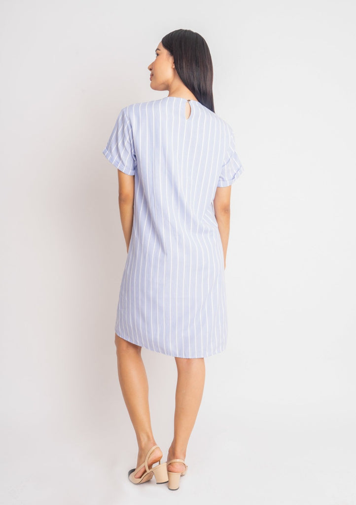 WD-MADISON-BLUESTRIPES-BACK Shorts sleeves round neck dress with back keyhole & heart patch