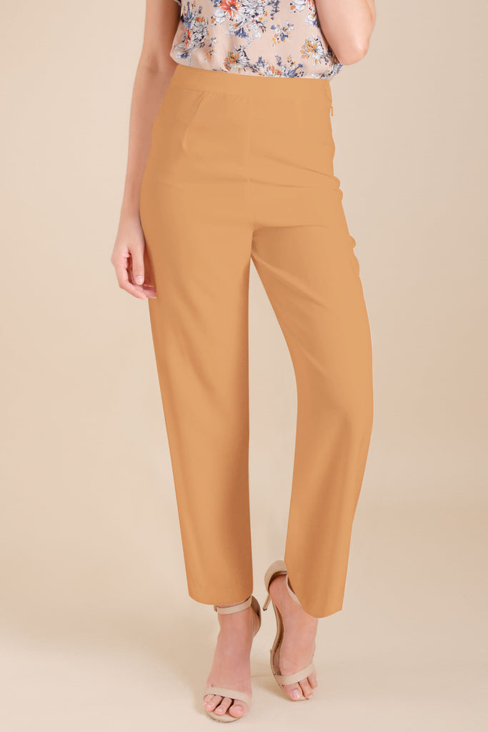 WP-DRIZZLE-BEIGE-FRONT Long pants with side zipper & button details on hem