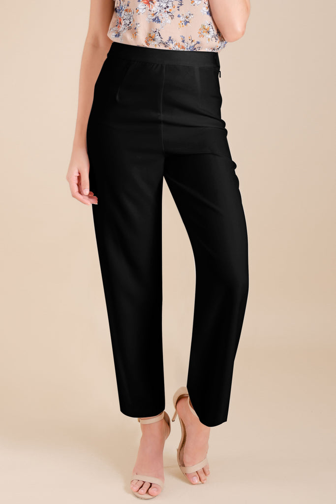 WP-DRIZZLE-BLACK-FRONT Long pants with side zipper & button details on hem