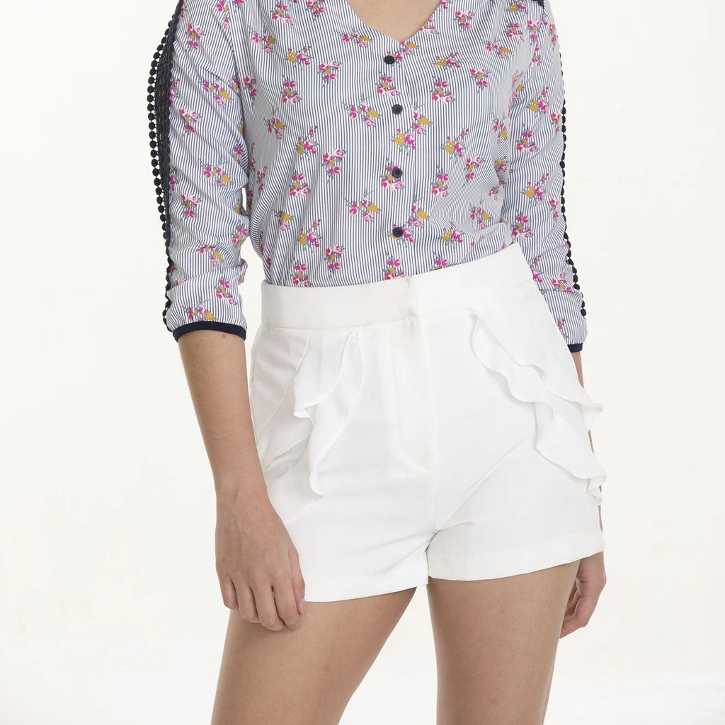 WS-LUELLA-WHITE-FRONT Shorts with ruffles detail