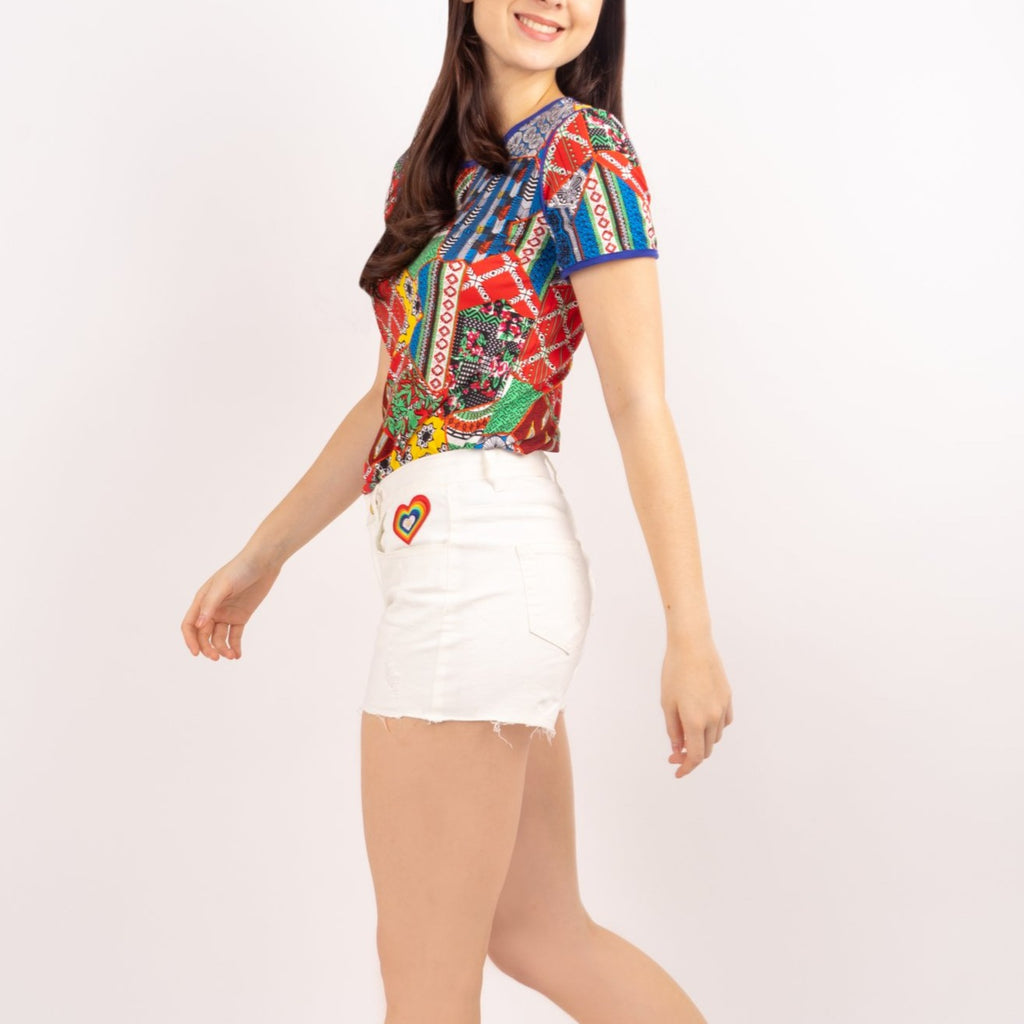 WS ELOISA-WHITE-SIDE 5 Pocket Ripped Denim Shorts with Multicolored Patch on Front Pocket