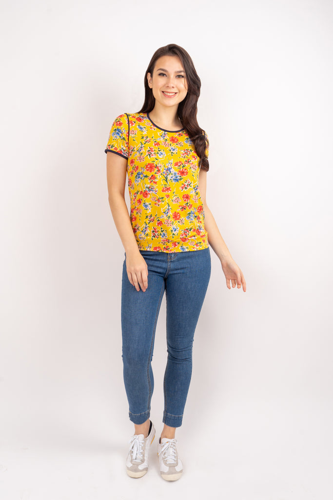WTCLAUDIA-FLORALYELLOW-FRONT Short sleeves round neck floral tee with piping combi and hemband