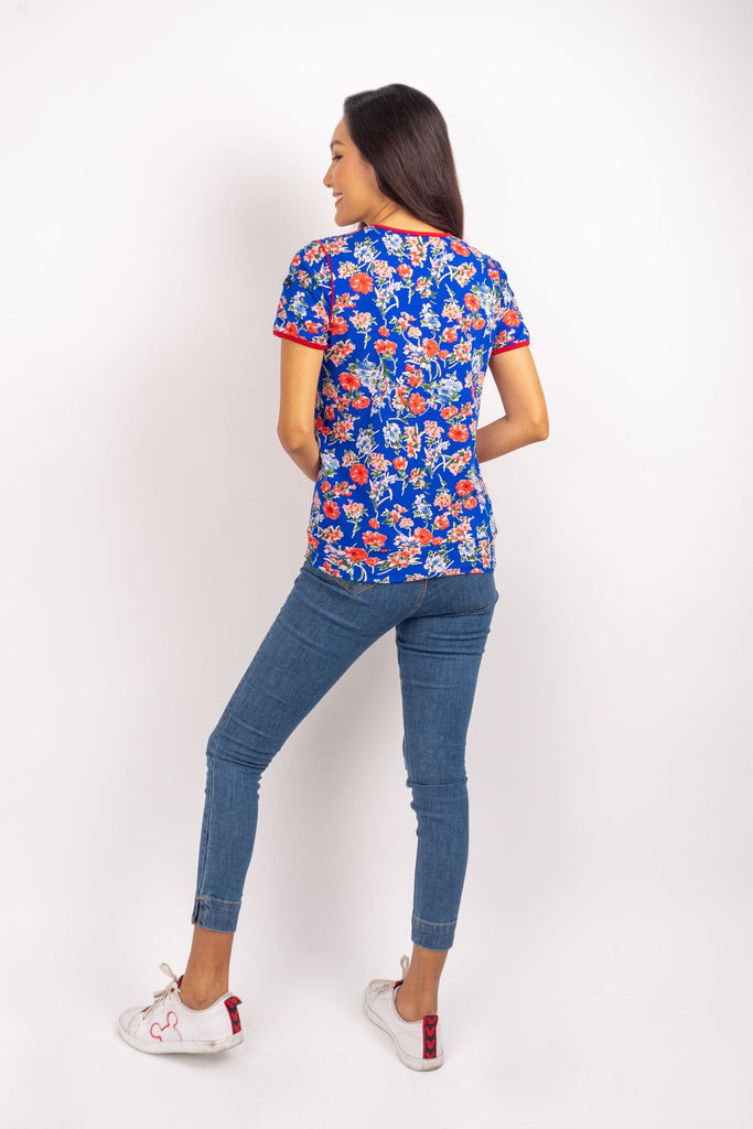 WT-CLAUDIA-FLORAL-BLUE-BACK Short sleeves round neck floral tee with piping combi and hemband