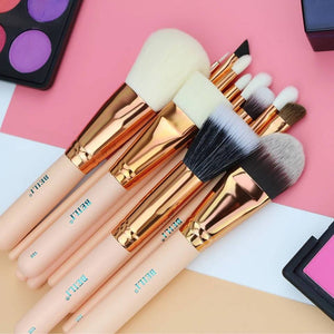 Essential Travel Kit Pink Foundation Powder Contour Eye Shadow Makeup Brushes Set