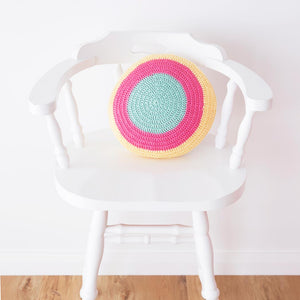 round crochet cushion