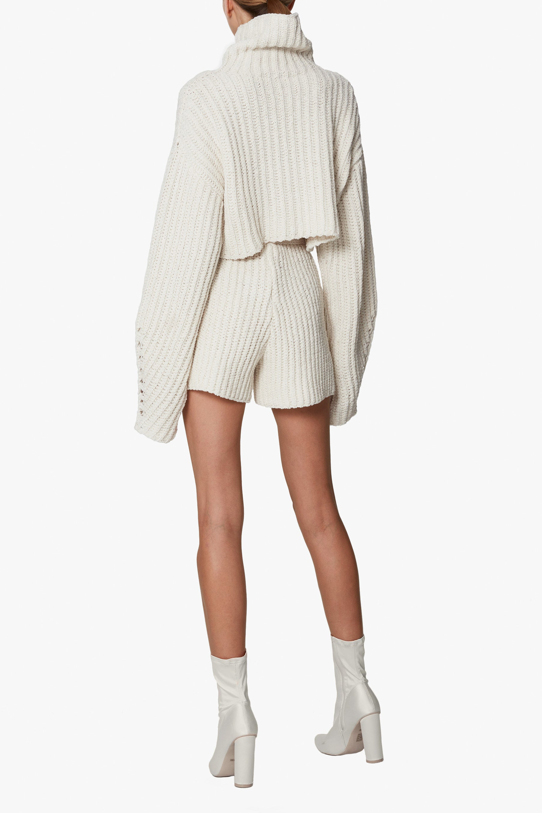 SILK CASHMERE CORD CROPPED TURTLENECK