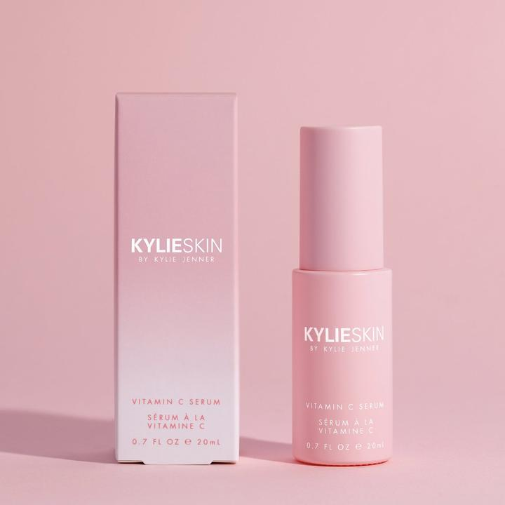 VITAMIN C SERUM KYLIE COSMETICS - Beauty Box Mérida