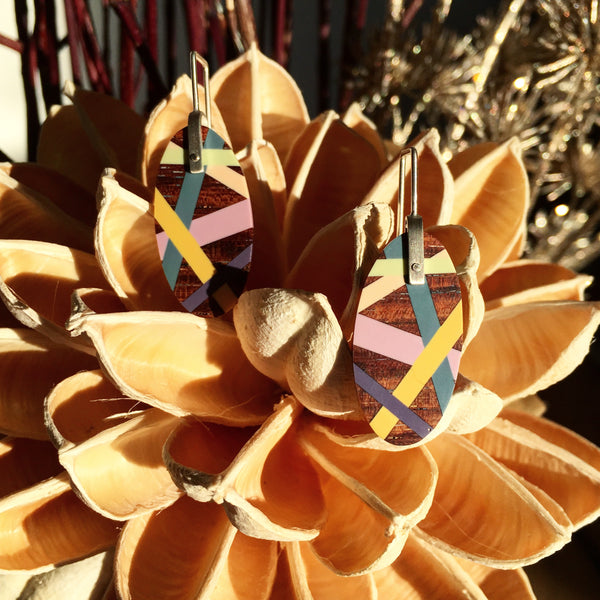 Laura Jaklitsch Jewelry Wood x Polyurethane one-of-a-kind desert rose earrings