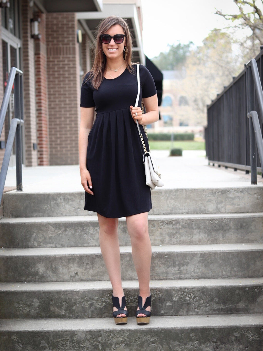 Black Short Sleeve Pleated Dress