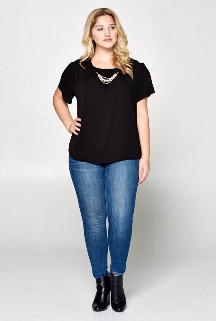 Black Top w/ Pearl Trim Necklace (Plus)