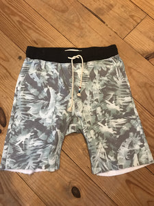 Saddle Shorts - Tropical Camo