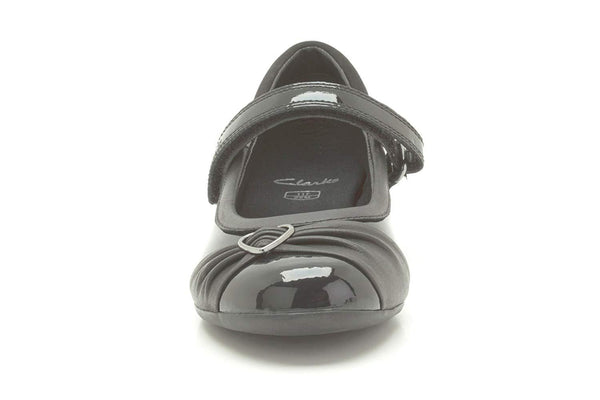 Clarks Dolly Heart Infant Girls Patent Leather School Shoes