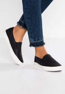 New Look Mizard Slip on Womens / Girls Trainers