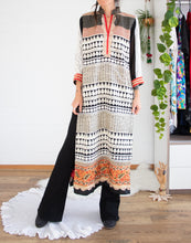 Load image into Gallery viewer, Embroidered vintage kaftan dress S-M