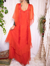 Load image into Gallery viewer, Dreamy 70s chiffon maxi dress S-M