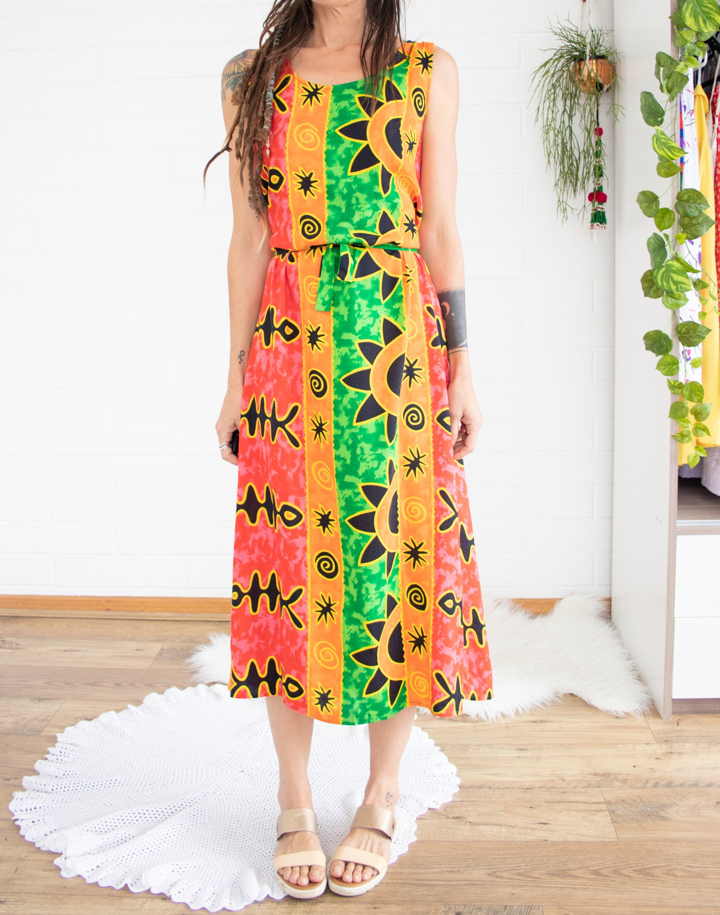 Fun 90s resort-wear column dress XS S M