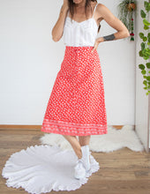Load image into Gallery viewer, 70's European cotton skirt XS