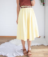 Load image into Gallery viewer, Yellow cotton vintage skirt S