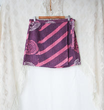 Load image into Gallery viewer, Kantha Wrap Skirt L/XL (#403)