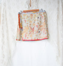 Load image into Gallery viewer, Kantha Wrap Skirt L/XL (#404)